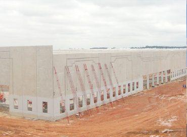 piso industrial para loja de roupas comercio renner via diase engenharia item pisos industriais em sao paulo LISTAGEM